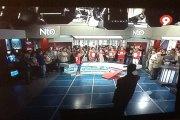 Els treballadors de Canal 9 ocupen el plató d'informatius